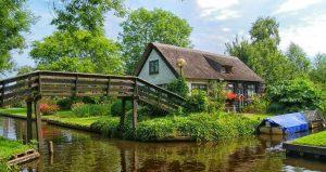 Roompot vakantiepark Giethoorn