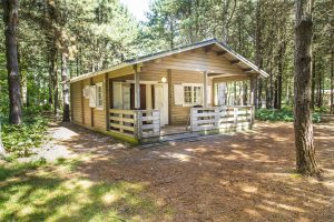 Forest lodge (265.20 EUR)